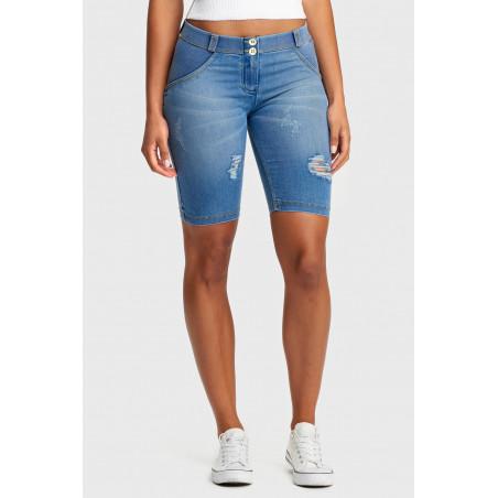 WR.UP® Denim Effect - Regular Waist Biker Shorts - J4Y - Ljusblå Denim - Gula Sömmar