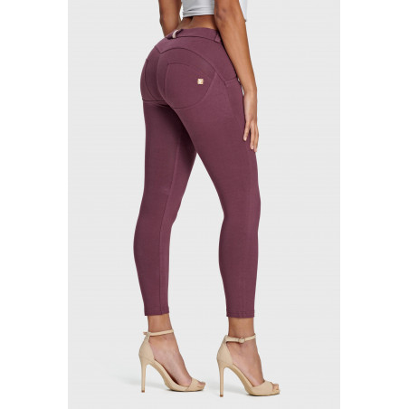 WR.UP® Regular Waist Super Skinny - 7/8 Length - K89 - Burgundy