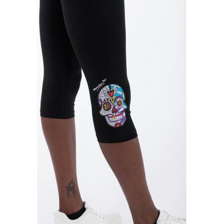 Skull Patch Corsair-Length Leggings - Romero Britto Collection