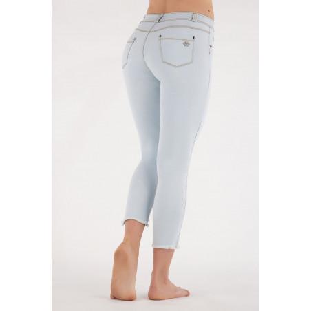 Freddy Black - Skinny Jeans in Stretch Denim - Frayed Hemline - 7/8 Length - J85Y - Light Blue Denim - Yellow Seam